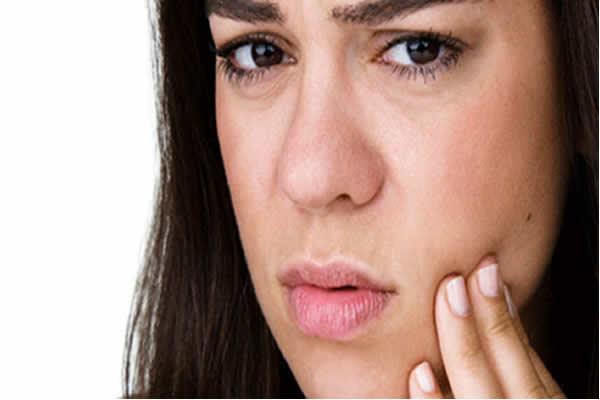 Como evitar ter cáries nos dentes?
